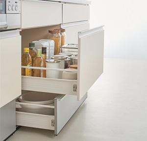 収納するキッチン