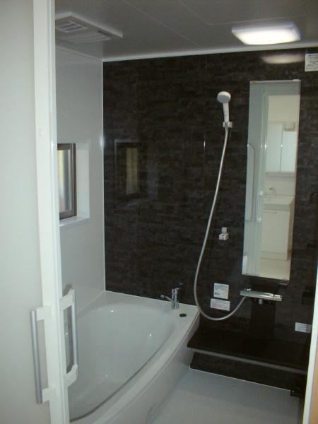 安八町 浴室・洗面・トイレ・玄関リフォーム K様邸