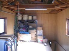 納屋の2階の物置
