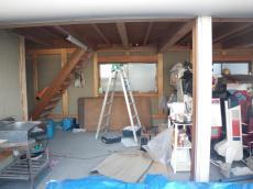 元の納屋の内部階段