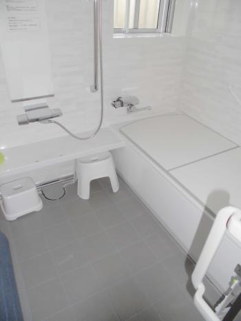 U様邸浴室完成