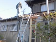 増築部柱・屋根工事