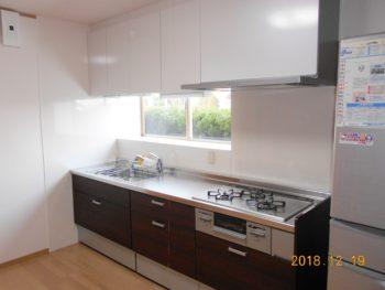 新しいキッチンはとても快適で別世界のようです! 大垣市興福地町I様邸キッチンリフォーム事例